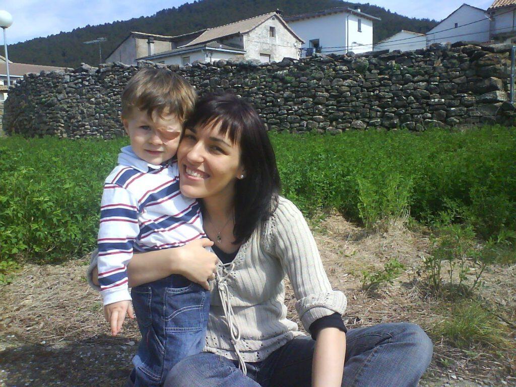 2007 con Mamá. En Santa María de la Peña.